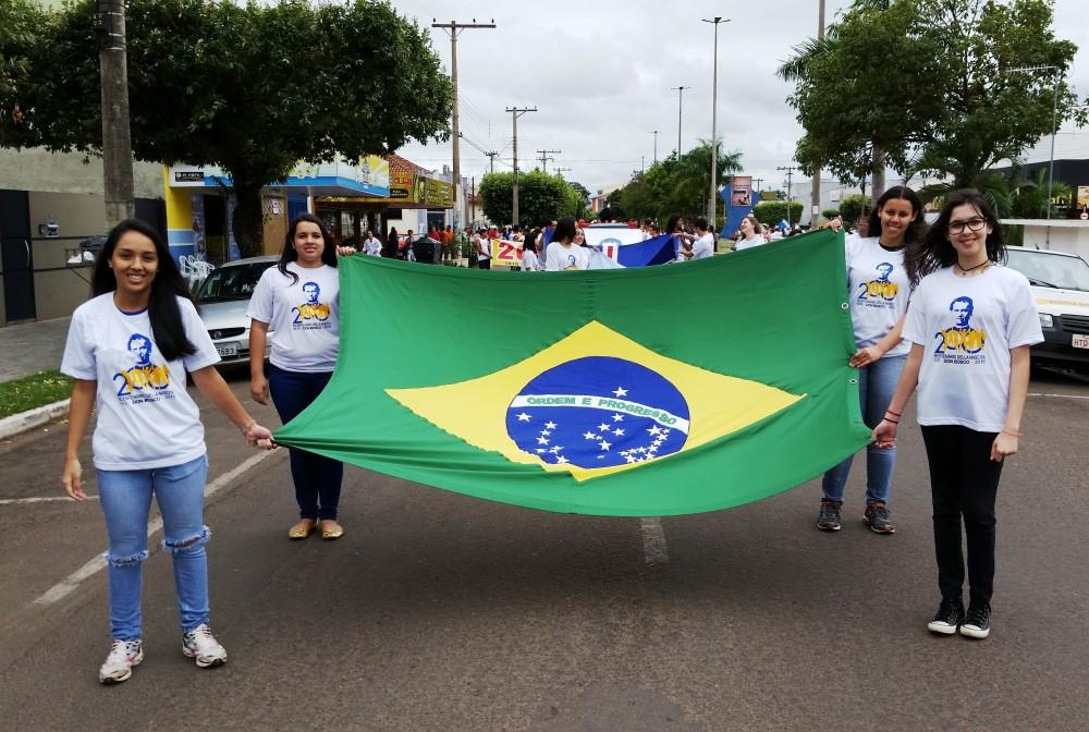 Desfile cívico do centenário de Três Lagoas